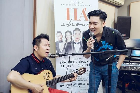 Bằng Kiều thể hiện sự nể phục với Quang Hà, đệm đàn guitar cho đàn em hát  - Ảnh 4