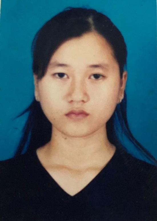 """Lâm Vỹ Dạ đăng tải ảnh thẻ năm 17 tuổi, cảm thấy trăn trở do cơ mặt """"trời sinh bất thường"""" - Ảnh 2"""