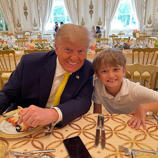 """Vợ chồng ông Donald Trump cùng xuất hiện tại sự kiện sau """"tin đồn ly hôn""""  - Ảnh 3"""