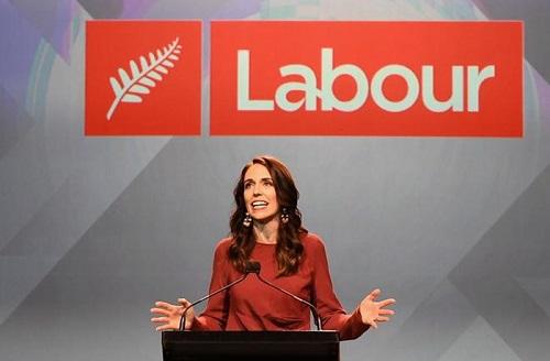 Nữ thủ tướng New Zealand tái đắc cử với số phiếu bầu áp đảo - Ảnh 1