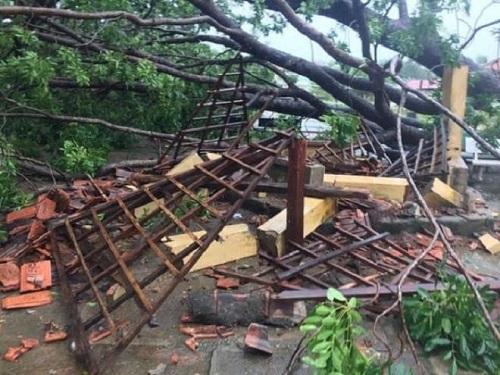 Tin bão số 9 mới nhất: Ít nhất 3 người thiệt mạng  - Ảnh 1