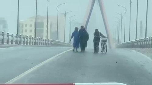 Tin bão số 9 mới nhất: Ít nhất 3 người thiệt mạng  - Ảnh 2