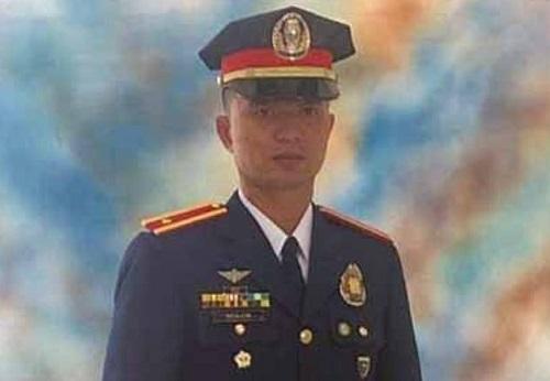 Ngỡ ngàng một trung úy cảnh sát người Philippines thiệt mạng chỉ vì con gà chọi - Ảnh 1