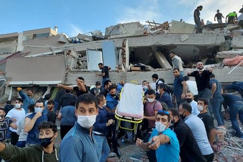 Xót xa khung cảnh hoang tàn ở tỉnh Izmir sau trận động đất rung chuyển Thổ Nhĩ Kỳ - Ảnh 5