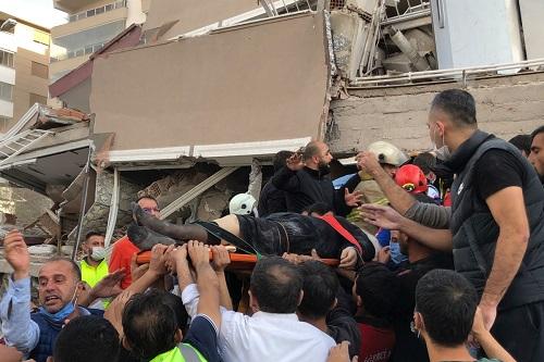 Xót xa khung cảnh hoang tàn ở tỉnh Izmir sau trận động đất rung chuyển Thổ Nhĩ Kỳ - Ảnh 6