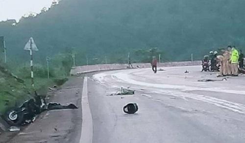 Sơn La: Va chạm kinh hoàng trên Quốc lộ 6, ba người thương vong - Ảnh 1