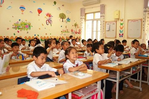 Bộ Giáo dục & Đào tạo yêu cầu không giao thêm bài tập về nhà cho học sinh lớp 1 - Ảnh 1