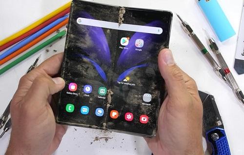 Tin tức công nghệ mới nóng nhất hôm nay 5/10: Samsung Galaxy Z Fold 2 vượt qua bài kiểm tra độ bền khắc nghiệt - Ảnh 1