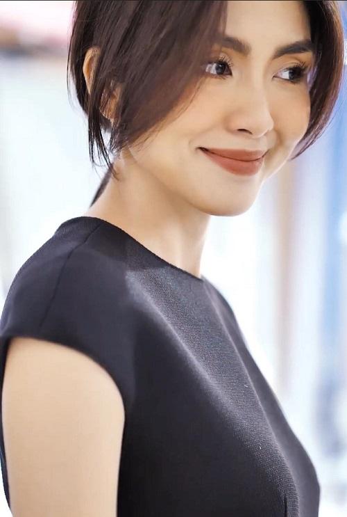 """Lâu lâu mới khoe vai trần, Hà Tăng khiến fan """"ngất lịm"""" vì đẹp đến nao lòng - Ảnh 3"""