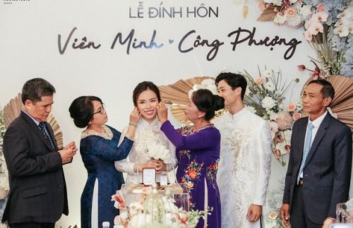 Bố mẹ Công Phượng chia sẻ gì về cô dâu Viên Minh trọng ngày trọng đại của cặp đôi? - Ảnh 2