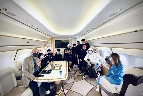Hoàng Tử Thao sắm phi cơ riêng, tốn gần 60 tỷ mỗi năm để bảo dưỡng? - Ảnh 2