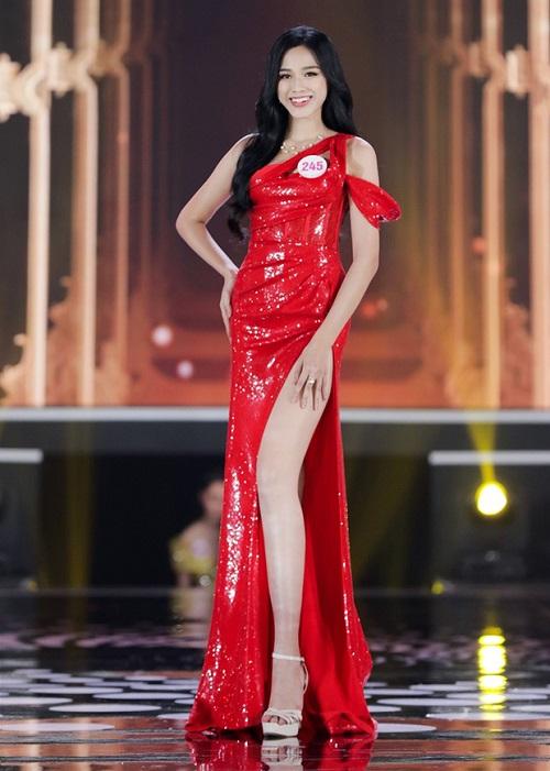 Dân mạng tranh cãi về số đo 3 vòng của tân Hoa hậu Việt Nam 2020 khác xa trong ảnh - Ảnh 3
