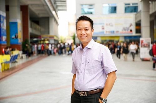 Ngưỡng mộ giáo sư người Việt 7 năm liên tiếp lọt top 1% nhà khoa học ảnh hưởng nhất thế giới - Ảnh 1