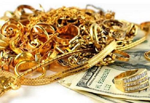 TP.HCM: Điều tra vụ cháu gái táo tợn rủ bạn trên mạng đi cướp tiền vàng của bà - Ảnh 1