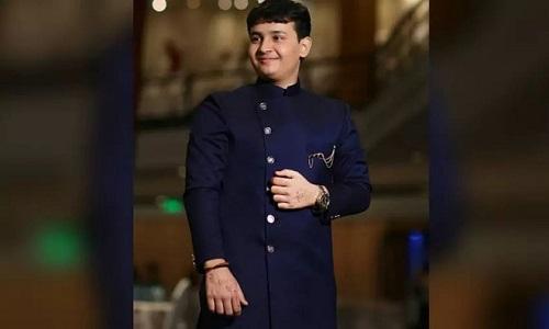 Ngưỡng mộ thiên tài Ấn Độ tốt nghiệp đại học khi mới 14 tuổi - Ảnh 1