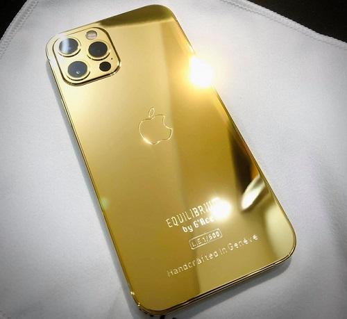 Cận cảnh phiên bản mạ vàng 18K, đính kim cương lấp lánh của iPhone 12 Pro Max - Ảnh 1