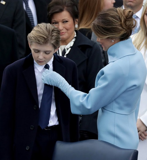 """Loạt ảnh """"Hoàng tử Nhà Trắng"""" Barron Trump, xứng danh """"tiểu soái ca"""" - Ảnh 6"""