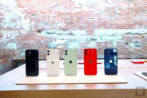 Cận cảnh bộ đôi iPhone 12 mini, iPhone 12 Pro Max: Kích thước đối lập, thiết kế tinh tế từng chi tiết - Ảnh 5