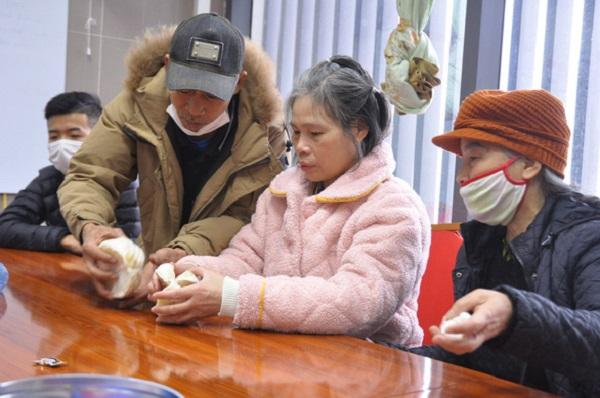 Nữ bệnh nhân bất ngờ tìm lại được gia đình sau 24 năm lưu lạc Trung Quốc khi đang cách ly COVID-19 - Ảnh 1