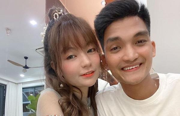 Vợ chồng nam diễn viên hài Mạc Văn Khoa đón con gái đầu lòng sớm - Ảnh 1