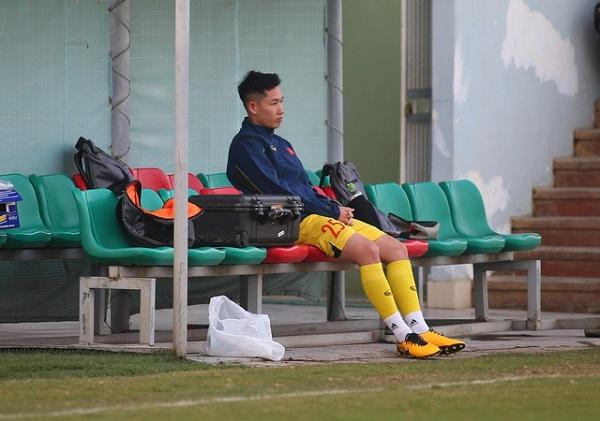Thêm một cầu thủ rời đội tuyển Việt Nam vì gặp chấn thương - Ảnh 1