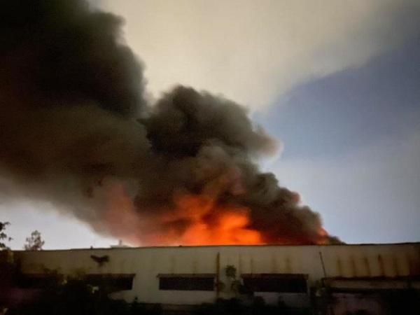 TP. HCM: Cháy lớn trong khu công nghiệp Tân Tạo - Ảnh 1