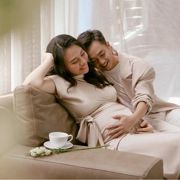 """Cường Đô La – Đàm Thu Trang """"đốn tim"""" người hâm mộ bằng khoảnh khắc cực ngọt ngào - Ảnh 2"""