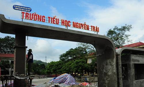 Sẽ kỷ luật giáo viên trường tiểu học Nguyễn Trãi đánh học sinh trên lớp - Ảnh 1