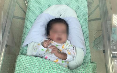 Kỳ tích cứu sống bé sơ sinh đẻ non đã ngừng tim  - Ảnh 1