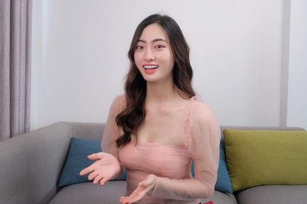 Hoa hậu Lương Thùy Linh giới thiệu những địa điểm sống ảo tại Đại học Ngoại thương - Ảnh 1