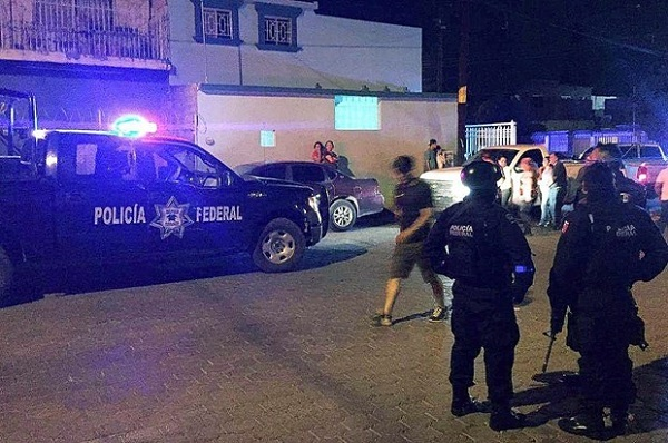 Xả súng ở đám tang tại Mexico, hơn 20 người thương vong - Ảnh 1
