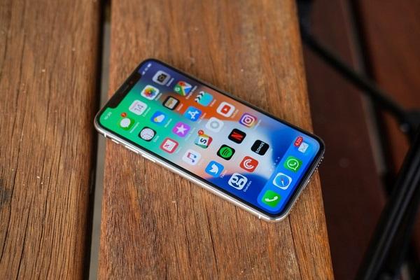 Tin tức công nghệ mới nóng nhất hôm nay 23/1: LG xác nhận ngừng sản xuất tấm nền LCD cho iPhone - Ảnh 1