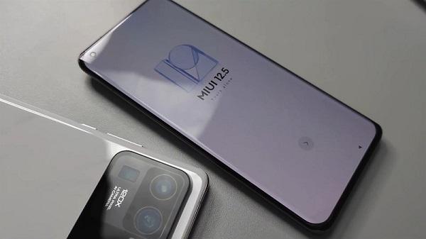 Tin tức công nghệ mới nóng nhất hôm nay 13/2: Lộ bằng sáng chế smartphone màn hình cuộn LG Rollable - Ảnh 3