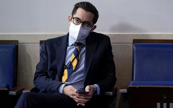 Phó thư ký Nhà Trắng bị đình chỉ công tác do đe dọa phóng viên - Ảnh 1
