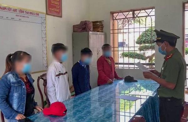 Lâm Đồng: Xử phạt 3 học sinh chỉnh sửa, phát tán văn bản hỏa tốc giả mạo - Ảnh 1