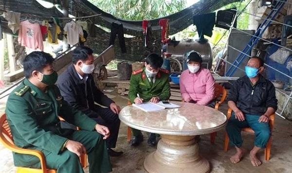 Quảng Bình: Truy tìm 2 thanh niên nhập cảnh trái phép bỏ trốn  - Ảnh 1