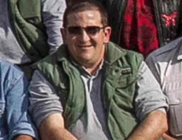 Nhân viên vườn thú tử vong vì bị voi dùng vòi ném vào hàng rào sắt - Ảnh 1