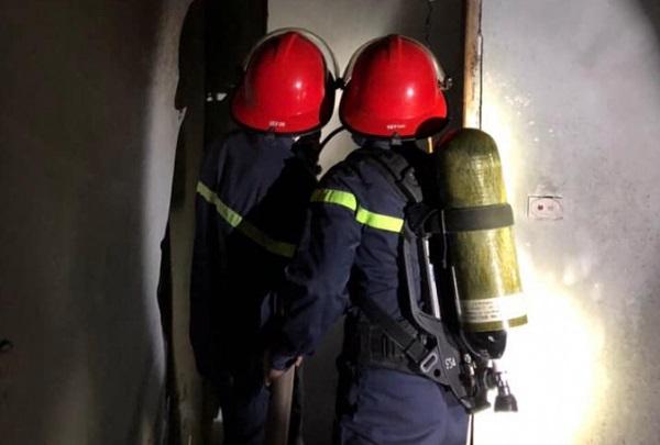 Nghệ An: Người đàn ông châm lửa đốt nhà vì mâu thuẫn gia đình - Ảnh 1