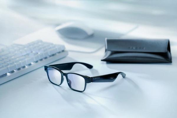 Tin tức công nghệ mới nóng nhất hôm nay 7/3: Razer trình làng kính thông minh, chặn 99% tia UV - Ảnh 1