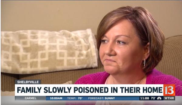 """Bị bệnh lạ đi lại khó khăn suốt 10 năm, người phụ nữ ngỡ ngàng khi """"hung thần"""" ở ngay trong nhà - Ảnh 1"""