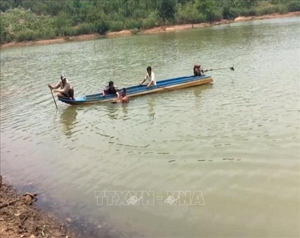 Chèo ghe ra tắm hồ, nam thanh niên 18 tuổi tử vong vì đuối nước - Ảnh 1