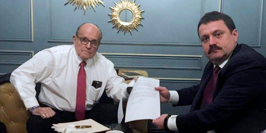 Bê bối nhà ông Joe Biden: FBI vào cuộc điều tra sự liên quan của Nga - Ảnh 4