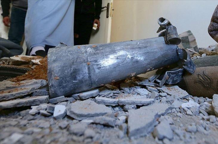 Iran tức giận vì phải hứng 10 quả tên lửa từ cuộc giao tranh của Armenia-Azerbaijan - Ảnh 1