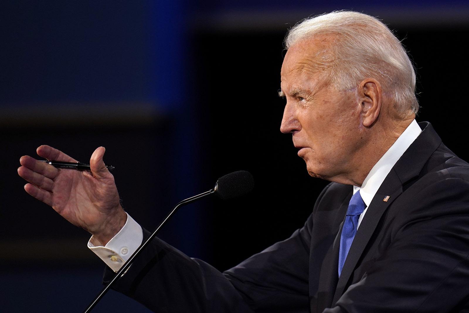 Ông Biden cứng rắn tuyên bố việc làm ăn của con trai: Không có gì phi pháp hết! - Ảnh 1