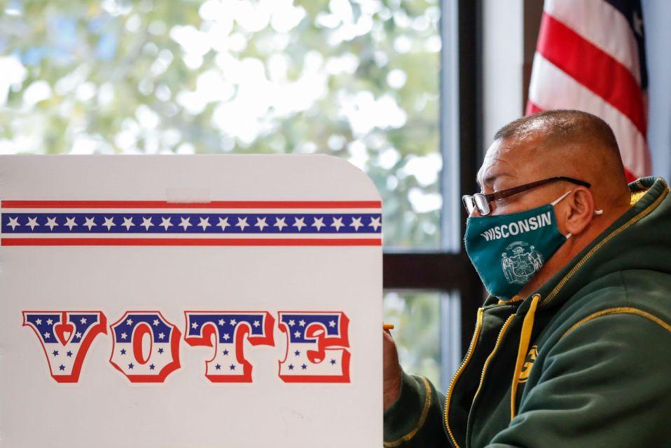 Bầu cử Mỹ 2020: Quỹ tranh cử của đảng Cộng hòa bị đánh cắp 2,3 triệu USD - Ảnh 1