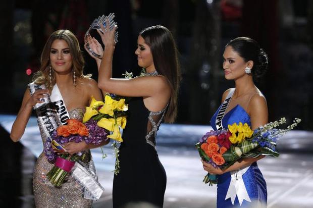 5 năm sau vụ trao nhầm vương miện Hoa hậu Hoàn vũ Thế giới, Á hậu Colombia vẫn bức xúc  - Ảnh 1