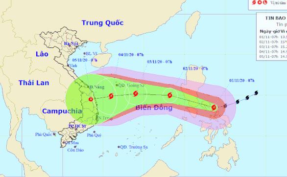 Siêu bão Goni bắt đầu suy yếu sau khi càn quét miền Trung Phillipines - Ảnh 1
