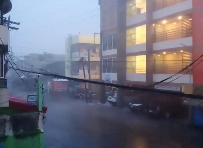 Khoảng 31 triệu người Phillipines có thể mất chỗ ở do ảnh hưởng của siêu bão Goni - Ảnh 1