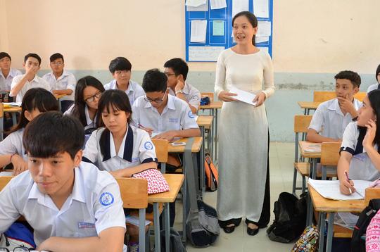Từ tháng 11, không cho phép giáo viên phê bình học sinh công khai trước tập thể - Ảnh 1