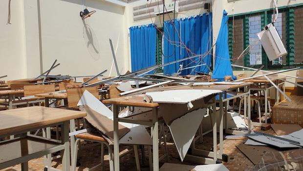 TP.HCM: Cảnh tượng ngổn ngang tại trường học sau cơn giông lốc nghiêm trọng - Ảnh 5